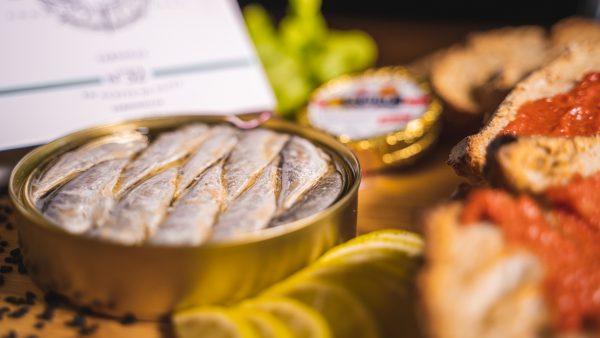 Mini sardines 20/25 gros plan